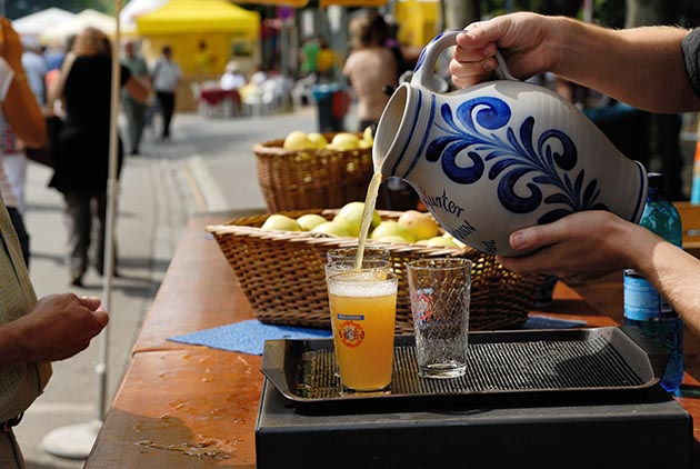 Frankfurt is an ideal place to sample apple wine, a cider-like, low-alcohol drink that can range from crisp and tart to lightly sweetened. Photos by Holger-Ullmann / frankfurt-tourismus.de
