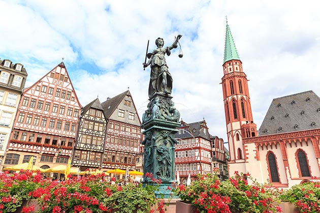 As the historical center of Frankfurt, Old Town (Altstadt) has existed from Frankfurt's beginnings, dating back to 794.