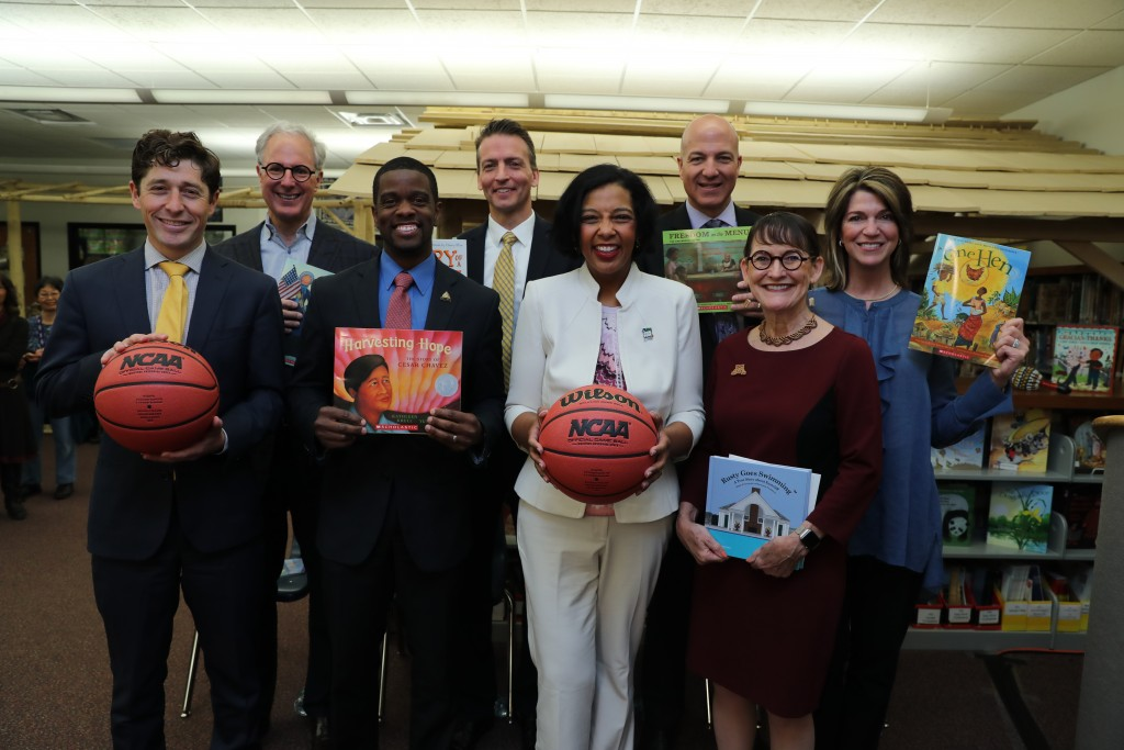 Read to the Final Four in St. Paul